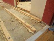 Как уложить лаги на бетонный пол