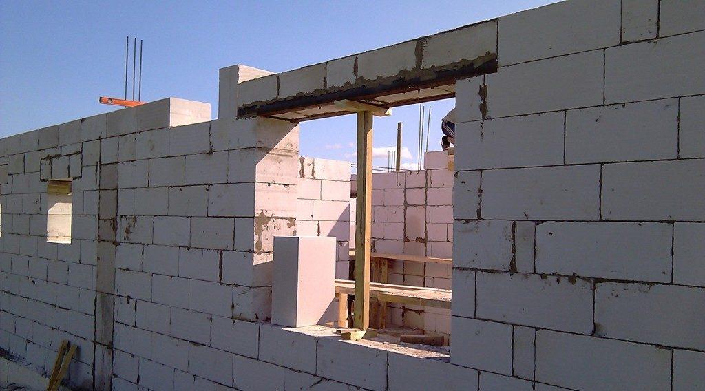 окна в газоблок